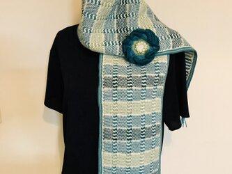 アフガン編みのマフラー&ブローチの画像