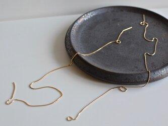 K18片耳ピアス  金の糸Lの画像