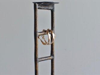 K10片耳ピアス  水の輪の画像