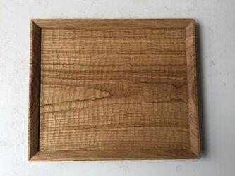 クリの木のトレイの画像