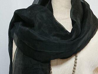 手織りシルクオーガンジー大判ショール 黒の画像