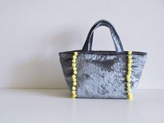 数量限定 ポンポントートバッグ ベロア シルバーグレー の画像