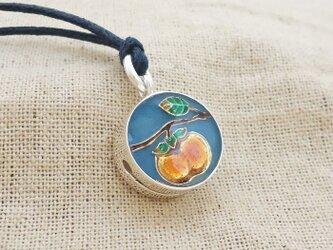 鈴『柿実る』銀製(シルバー925+レジン)の画像