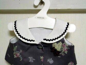 ダッフィーお洋服 ブラウス(花グレー)の画像