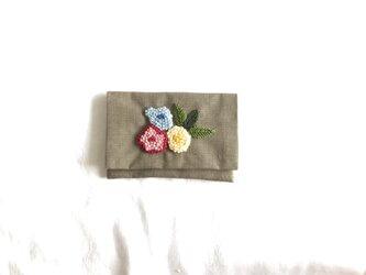 お花のカードケース(オーク)の画像