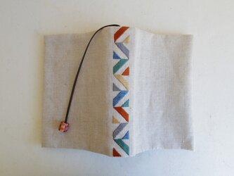 【アウトレット】手刺繍ブックカバーBの画像