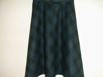 ウールのフレアスカート(深緑チェック)の画像