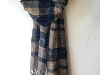 藍染めの手織りストール c44の画像