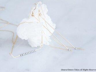 【Minimalism】14KGF Earrings,Gems Bar-- SilverxGold--の画像