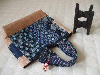 大きめまち付き藍染トートバック 木綿 の画像
