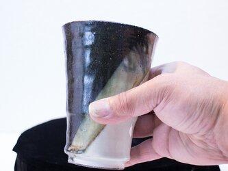深緑窯変 ビアカップの画像