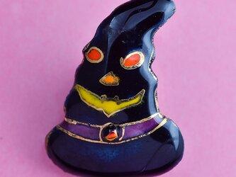 七宝焼ピンブローチ(ピンバッジ,ピンズ) ハロウィンの帽子の画像