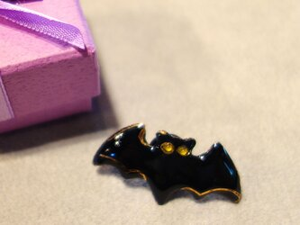 七宝焼ピンブローチ(ピンバッジ,ピンズ) ハロウィンのコウモリの画像