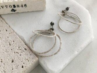 ベルギーリネンの輪っかのイヤリング/ピアスの画像