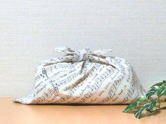 あずま袋  生成り 楽譜♪ お弁当袋サイズ かごバッグのバッグインにもの画像