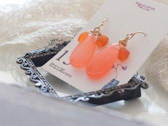 ○ピアス【14kgf】ThreePetal3ペタルPinkorangeピンクオレンジドロップの画像