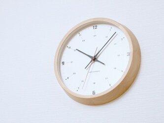 muku round wall clock 9 ナチュラル 電波時計 連続秒針 km-82NRCの画像