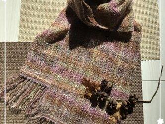 手織りのストール(ピンク系)の画像