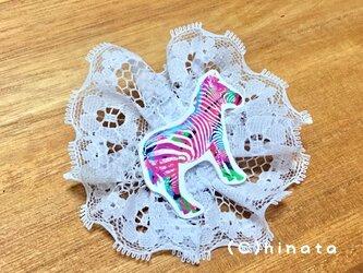 シマウマのイラストブローチ(レース)の画像