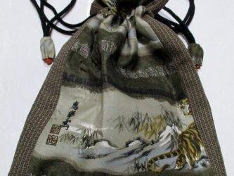 送料無料 長襦袢と泥大島紬で作った巾着袋 3806の画像