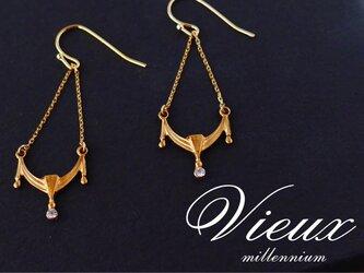 ヴィンテージビジューと真鍮のイヤリング/ピアス dentelleの画像