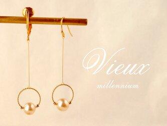 ヴィンテージパールのイヤリング/ピアス couronneの画像