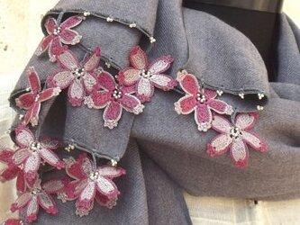 刺繍のお花つき パシュミナストール チャコール・グレー [PS120]の画像