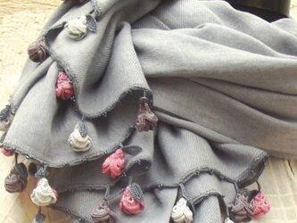 刺繍のお花つき パシュミナストール 「ローズ」ライトグレー [PS140]の画像