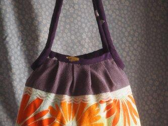 帯地と着物の布で作ったバッグの画像