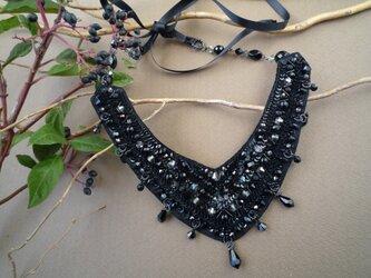 ビーズ刺繍のネックレスの画像
