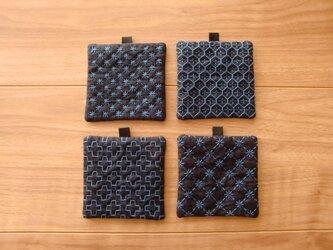 〔受注制作〕刺し子のminiコースター(紺地に青い糸)の画像