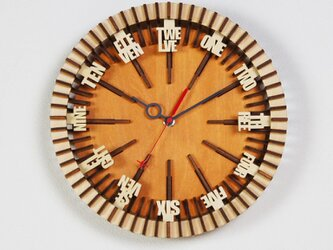 「ウィール」木製掛け時計の画像