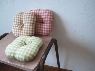 『うで枕』キミドリの画像