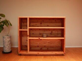 暖かみのある杉無垢材の 食器棚|本棚|飾り棚|シェルフ|カップボードの画像
