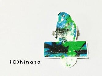 ARTな!インコのイラストブローチ(緑)の画像