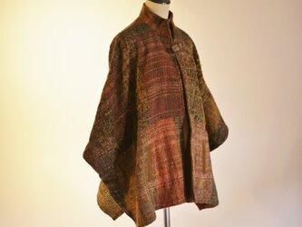 手織り ケープ風コートの画像