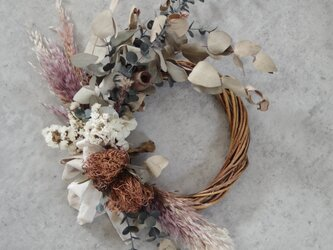 dried wreath whiteの画像