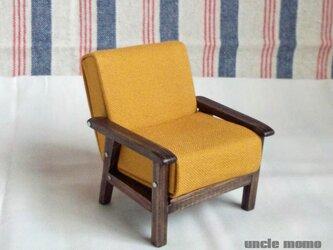 ドール用ソファ1人掛け(色:イエロー×エボニー) 1/12ミニチュア家具の画像