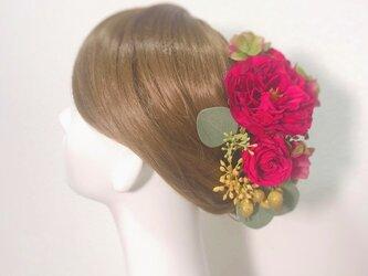赤い薔薇とローズヒップのヘッドドレス ウェディング 髪飾り ヘッドピース の画像