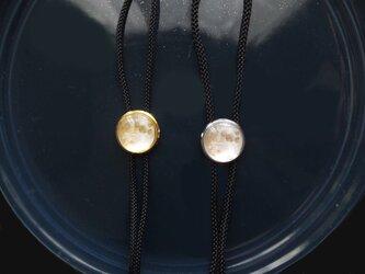 満月の絵ループタイの画像
