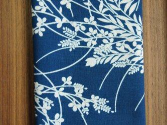 天然藍の型染め手拭い  秋草の画像