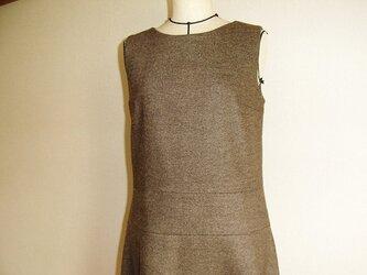 ウールのジャンパースカート&ワンピース(焦げ茶)の画像