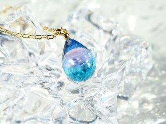 【ハンドメイドガラス】ピンクブルーネックレスの画像