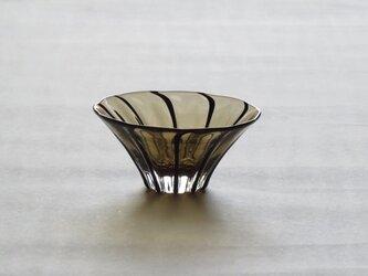 フラワー(茶)の画像