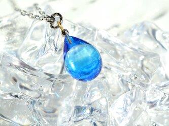 【ハンドメイドガラス】ブルーネックレス*シルバーカラーの画像