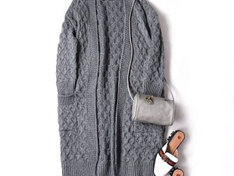 ただ着るだけで愛され大人可愛い ロングカーデ  コーディガン 三色 ダークグレーの画像