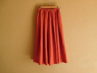 リネンのスカート オレンジレッドの画像