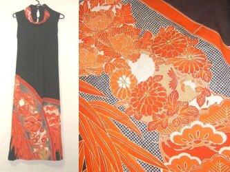 留袖リメイク♪花の刺繍が豪華な留袖ハイネックワンピース♪ハンドメイド・正絹・花柄・刺繍ボレロ付きの画像