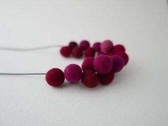 Single loop_L balls Grapesの画像