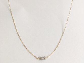【14kgf】繊細でリッチな原石ダイヤモンドネックレスの画像